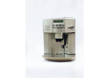 Кофемашина De Longhi ESAM 3400 S Б/У