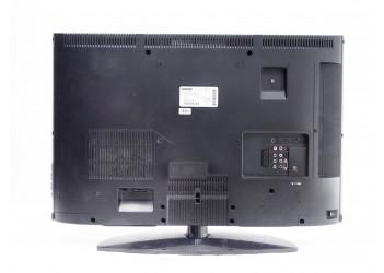 Телевизор Grundig 32 VLC8140S Б\У
